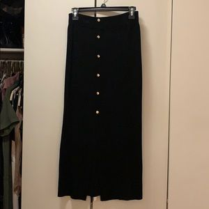 Long sweater skirt with gold buttons